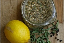 Herb & Spice Blends / These blends make great little gifts for all the cooks in your life. Package in a pretty jar, include a couple of recipes, tie with a raffia ribbon.