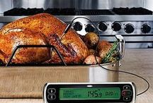 Thanksgiving Cooking / All of the gear you need for a successful Thanksgiving dinner: get our tips, tricks, and tools for a memorable Turkey Day!