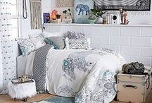 College Bedding / Decorating your college dorm room starts with the perfect bedding to match your style.