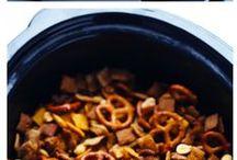 {Crock Pot Creations} / Slow Cooker Meals   Crock Pot Recipes Ideas   Easy Crock Pot Recipes   Summer Slower Cooker Meals    Pork   Beef   Chicken   Pasta   Meal Planning   Menu Planning   Dinner   Lunch   Dessert   Cooking for Two   Soup   Homemade Crock Pot Meals   One pot Slow Cooker Meals   Appetizers   Dips   Slow Cooker Recipes   Easy Dinners for Mom