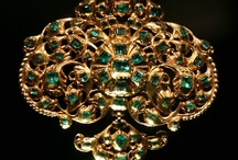 Jewelry: 16th-18th centuries / Modern era. / by Ester GJ