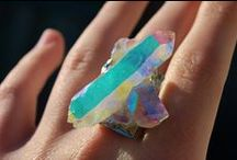 Stones & Gems / by Jeannie Norge