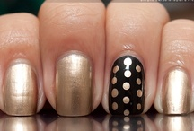 Nails / by Coraline DG