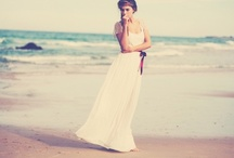 Wedding Gowns / by Simply Peachy