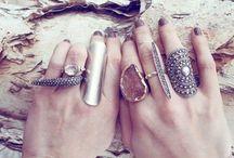 Jewelry / by Alyssa Barnes <3