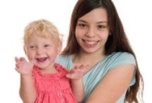 Food Allergy Tips for Babysitters / For additional tips, ideas and resources for dealing with food allergies, visit http://foodallergymomdoc.com/.  To join our community go to http://foodallergymomdoc.com/join-us/!
