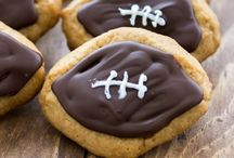 celebrate: Game Day / Food, drinks and desserts for football watching.  Game Day tailgating and Super Bowl parties. / by The Cake Blog