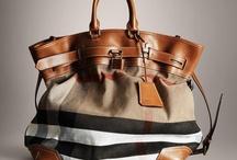 Bags / by Drika Drikolina