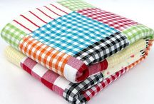 Gingham Quilts / by Rhonda Christopherson