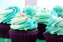 Cupcakes and muffins / by Jennifer Blanton