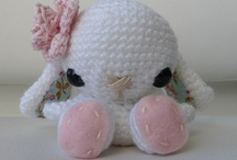CROCHET AMIGURUMI ANIMALS / ALL PATTERNS  ARE FREE / by Mary C