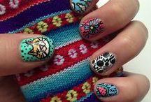 Nail Art / Únete a este #trend de color en tus uñas y dale estilo a tu outfit <3