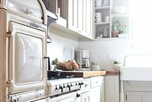 kitchens / by natalie keane