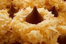 Cookies and cookie bars / by Brenda Cauley Terbush