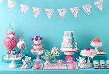 pretty party decor / Plan the perfect party with these party decor ideas! From decorations and tabletop decor to party favours, we've got you covered.
