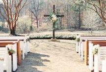 Wedding Aisles / Beautiful, outdoor aisle