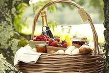 Picnic in a Basket & Tailgate Parties / by Tresa Horner