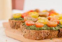 Somos lo que comemos / Recetas y trucos de comida vegana  / by Irene Gonzalez