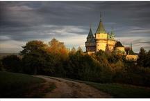Zámok Bojnice / Bojnice Castle / Jeden z najkrajších a najromantickejších zámkov na Slovensku