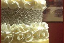 CAKE! / by Karen Hallac