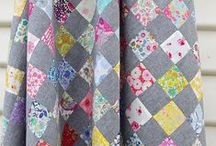 Honeybee Quilt Co. / by Lucy Beth
