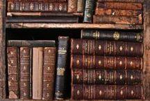 Livros / by Bárbara Deoti