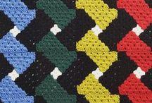 CRAFTS - Knitting & Crochet / Bear