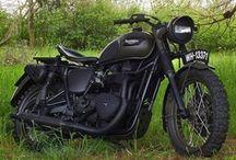 Motocicleta / by Mario Zanardo Jr.