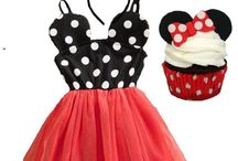 Photo outfit ideas by Marili Jean / Family photo outfit ideas, baby girl photo outfit ideas, girl boutique clothing, trendy girl clothing