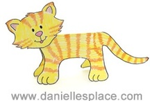 Cat Crafts / by Danielle's Place of Crafts