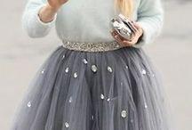Romantic Styling / Style Personality: Romantic. Feminine dressing, ruffles, bows, flowing fabric...