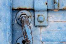 Doors and Doorsways / by Terry Barton