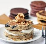 High Protein Low Carb Vegan / Vegan recipes for fitness... mostly higher protein and lower carb. { Vegan | Fitfood | Plant-Based | Peanut Butter | Plant Protein | Health | Low Carb | Desserts }