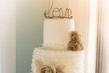 Wedding Cakes / by Ashley Donofrio