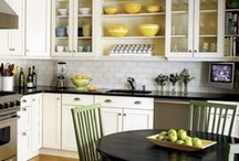 Kitchens / by Lisa Edgett