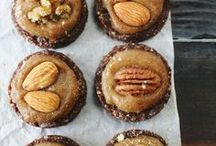 Raw Food Sweets / Raw delicious sweet treats / by VeggieBoards