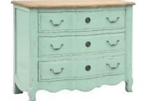 The Orchard: Colour Trend 2014 - Teal & Mint Green: Shabby Chic Vintage / Colour Decor for 2013 - Announced by Dulux Teal, Mint and shades thereof are the trend for 2014. Take a look at some great pieces that set this colour palette off perfectly.