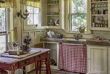 Country & Farmhouse Kitchens / by Janice Janiszewski