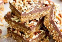 Food: Brownies, Bars, Squares / Recipes and taste inspiration for brownies, blondies, bars, squares.