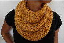 Crochet - Scarves and Mittens / by Rosie .