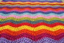 Crochet - Blankets / by Rosie .