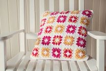 Crochet - Granny Squares / by Rosie .