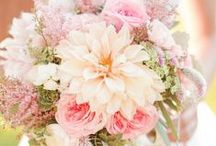 Blush Pink Wedding / A collection of inspiring ideas for a blush pink wedding theme // pink wedding decor, pink wedding bouquets, blush pink reception ideas