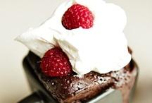 I heart cake / Lovely, lovely cake