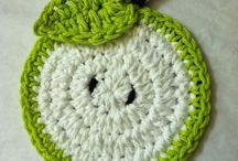crochet coasters / and granny sq + flowers