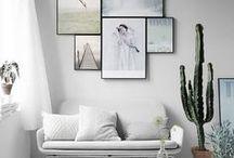 Scandi Style @ OTTO / Im Norden ersetzt man lange Wintertage mit viel Licht, hellen Farben und schönen Mustern. Pastelltöne, genauso wie Weiß, Grau und Schwarz gehören zum Farbenrepertoire. Auch Karos oder typografische Highlights sind typisch für den Scandic Look. Im Vordergrund stehen dabei Naturmaterialien und eine harmonische Schlichtheit. Hier findet ihr Inspiration für euer Zuhause im Scandic Stil!