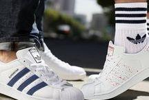 Sneakerliebe @ OTTO / Sneakerliebe! - Dieser Name ist Programm! Ob für's Office zum Anzug, lässig zu Jeans oder funktional zum Sport - Sneaker passen einfach zu jedem Outfit und fast jedem Anlass! Hier dreht sich alles rund um unsere liebsten Wegbegleiter.