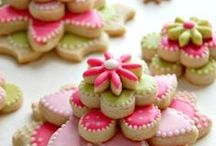 Baking / Love baking special treats> This collection of baking recipes are good enough for any bakery.