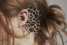 hair & accessories / by Elia Rdz