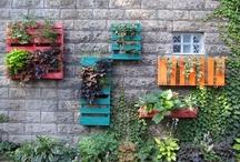 Ideas Creativas para ReUtilizar Paletas en el Patio / by La Casita del Árbol